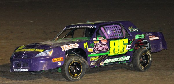 Ford, Chevy, and Dodge all find Victory Lane at Larry McFee Trucking Night at I-35