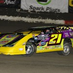 Billy Moyer Survives Battle with Blankenship to Win Friday Night at East Bay