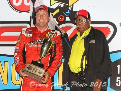 Terry McCarl Storms from Ninth to Win Thursday Night at the Knoxville Nationals!