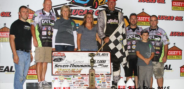 Chad Simpson Brings Knoxville to its Feet Friday at Late Model Nationals!
