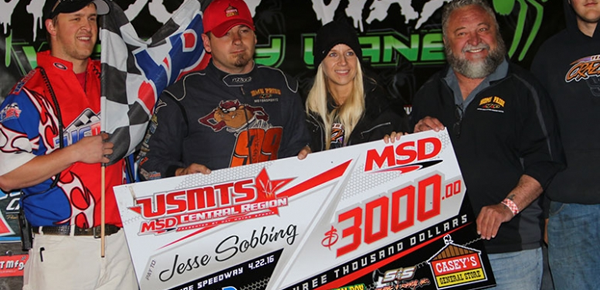 Sobbing turns away challengers to top USMTS feature at Lakeside Speedway