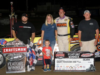 Clanton Challenged in Sixth Win at Quincy