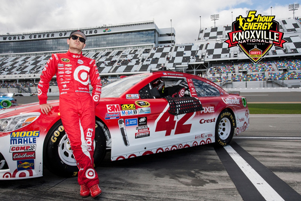 Nascar Star Kyle Larson Officially Enters The Knoxville