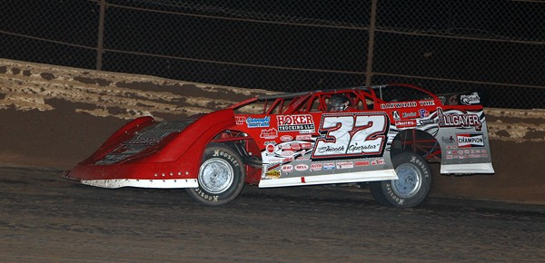 Pierce Back on Top in Wild West Shootout Round Four!