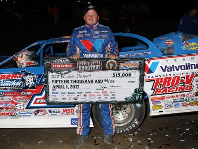 Brandon Sheppard wins at Farmer City Raceway!
