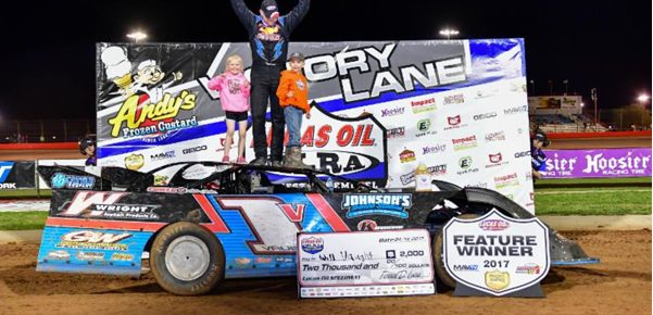 Vaught uses late pass to score Night One victory at Lucas Oil MLRA Spring Nationals