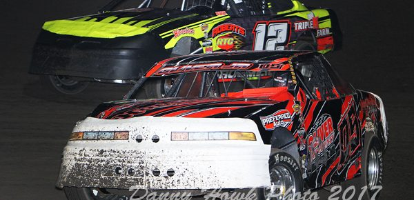 Oliver Jr., Lennox and Barnes Extend Their Winning Streaks at the Pepsi Lee County Speedway