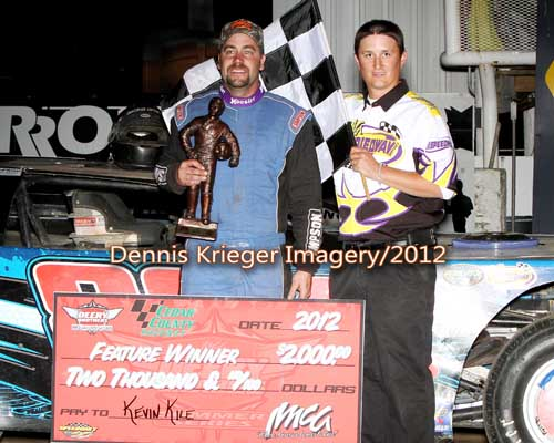 Kevin Kile wins his first Career IMCA Deery LM Feature ...